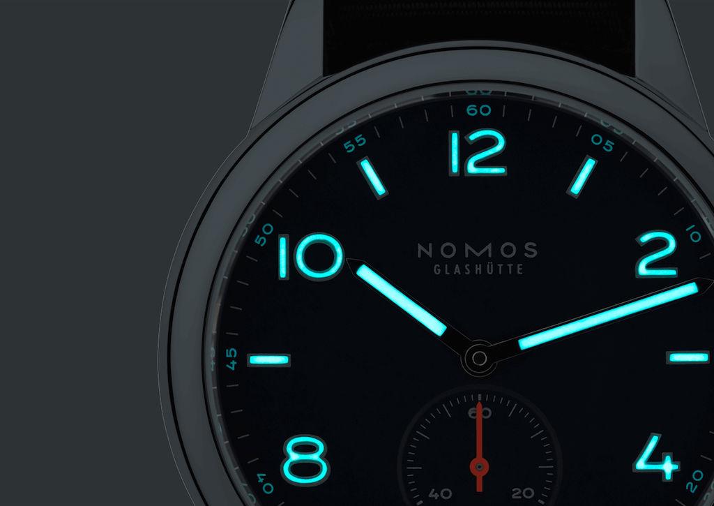 NOMOS Glashütte Club neomatik (740)